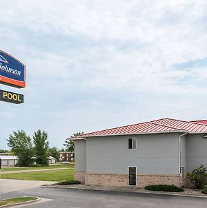 Howard Johnson By Wyndham West Fargo photos Exterior