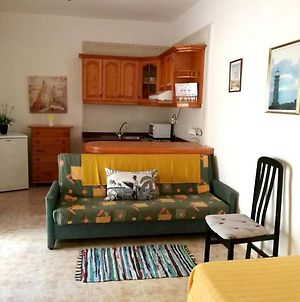 Studio In Frontera With Terrace 2 Km From The Beach photos Exterior