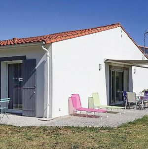 Stunning Home In St. Palais Sur Mer W/ 2 Bedrooms photos Exterior
