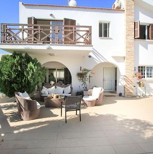 Villa Fig Tree 3 Bed Villa Heated Pool Protaras photos Exterior