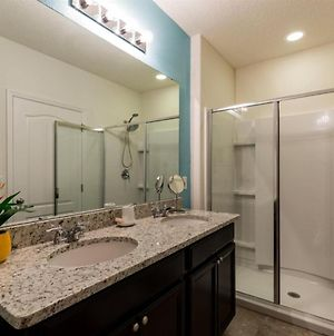 Our Beautiful Spacious Town Home Has Everything New And Is Kept New! photos Exterior