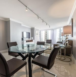Downtown Miami 2545 Premium 1Br Waterfront Condo Free Valet Parking photos Exterior