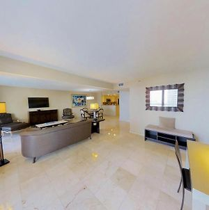 Downtown Miami 2450 Monthly Rental Premium 2Br Waterfront Condo Free Valet Parking photos Exterior