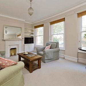 Charming 2-Bed Fulham Apartment, 5 Mins From Tube photos Exterior