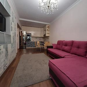 3 Room Apartment In The Center Of Almaty 89 photos Exterior