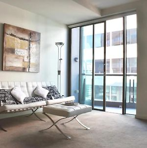 Light Filled Modern 1 Bedroom Apartment Close To Beach photos Exterior