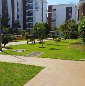 Very Nice Apartment 165 M2 Swimming Pool, Greenery In Secured Compound, For Families Only, Singles Not Allowed, Celibataires S'Abstenir photos Exterior