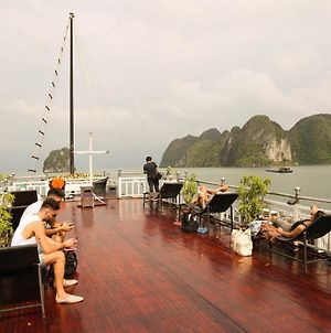 Halong Authentic Cruises photos Exterior