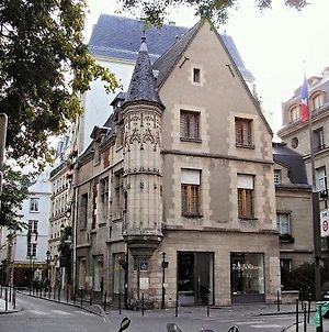 Paris 4Th - The Marais - Francs Bourgeois photos Exterior