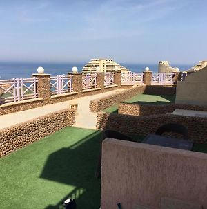 Private Ground Floor Chalet With Private Garden At Porto Sokhna - Bookable For Families And Youth Whom Ages Are 35 Yo photos Exterior