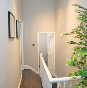 Air Host And Clean - Chiswell House, Kensington Liverpool, Sleeps 7 Great Value photos Exterior