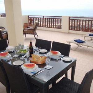 First Floor 2 Bedroom Apartment, Large Balcony, Amazing Sea Views, Communal Pool photos Exterior