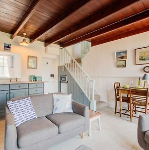 Cosy Mousehole Cottage With Sea Views photos Room