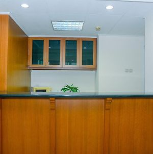 Spacious 3Br Prapanca Apartment Near Lippo Mall Kemang By Travelio photos Exterior