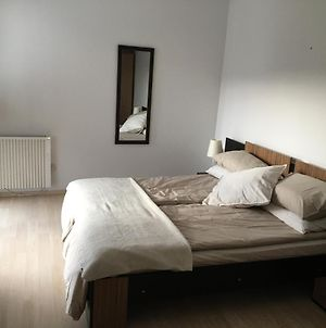 Newly Refurbished Spacious And Cosy Apartment St. John photos Exterior