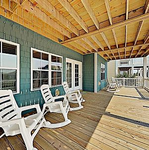 Expansive Beach Beauty With Private Pool & Balconies Home photos Exterior