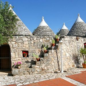 Trulli Castellana - Large Property With Pool In A Tranquil Location photos Exterior