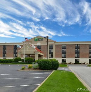 Holiday Inn Express Crestwood, An Ihg Hotel photos Exterior