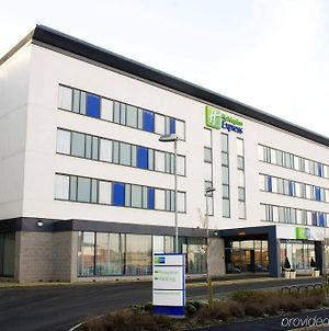 Holiday Inn Express Rotherham - North, An Ihg Hotel photos Exterior