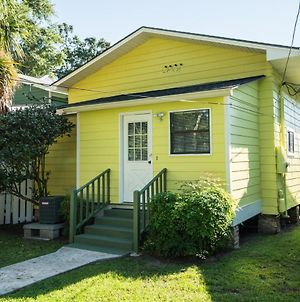 Adorable Bungalow Steps To Downtown And The Beach!! photos Exterior