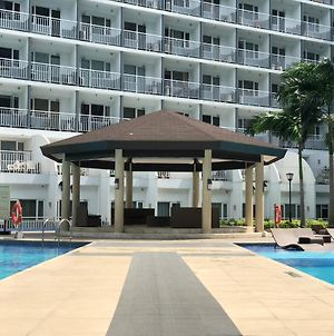 Lek Condo With Pool View Shell Residences photos Exterior