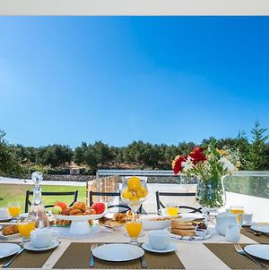 Lux Villa Mia With Heated Pool, 2Km To Beach & Childrens Area! photos Exterior