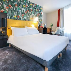 Ibis Styles Puteaux Paris La Defense photos Exterior