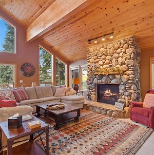 New Listing! Tahoe Donner Ski Chalet W/ Hot Tub Home photos Exterior