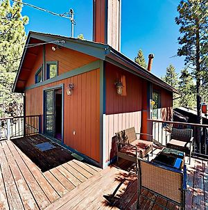 New Listing! Fireside Fun With Deck, Game Room & Bar Home photos Exterior