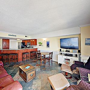 New Listing! Oceanfront Condo With Pools & Hot Tubs Condo photos Exterior