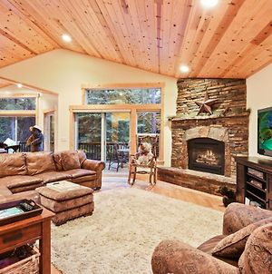 Luxe Mountain Haven In The Heart Of Tahoe Donner Home photos Exterior