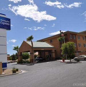 Holiday Inn Express Las Vegas-Nellis photos Exterior