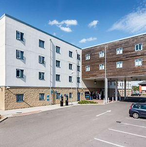 Travelodge Sunbury M3 photos Exterior