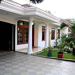 Indonesian Homestay Pasteur photos Exterior