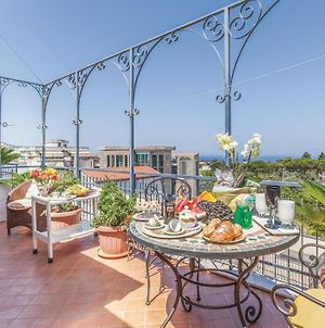 Two-Bedroom Apartment In Piano Di Sorrento Na photos Exterior