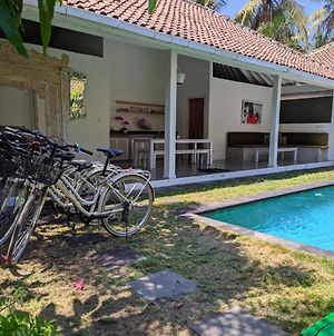 Gili Khumba Villas photos Exterior