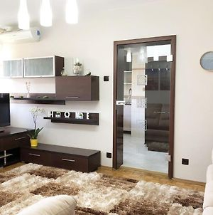 Relax & Chill Bucharest Apartment Close To Central Area photos Exterior