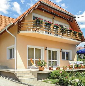 Holiday Home Vonyarcvashegy 07 photos Exterior