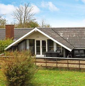 Three-Bedroom Holiday Home In Roslev 3 photos Exterior