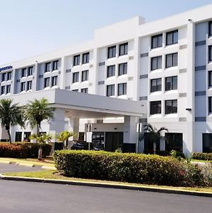 Holiday Inn Express Hotel & Suites Miami - Hialeah photos Exterior