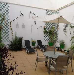 Aparment In Historical & Commercial Center 5Minutes Walking To The Alcazar photos Exterior