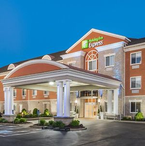 Holiday Inn Express Hotel & Suites Gananoque photos Exterior
