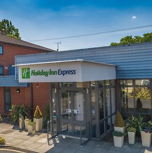 Holiday Inn Express Preston South, An Ihg Hotel photos Exterior