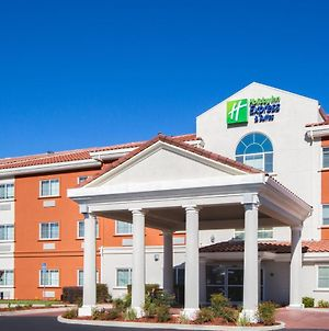 Holiday Inn Express Hotel & Suites Oroville Southwest photos Exterior