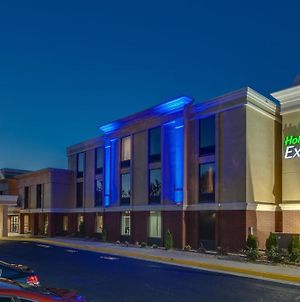 Holiday Inn Express Hotel & Suites Midlothian Turnpike photos Exterior