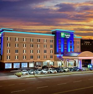 Holiday Inn Express Hotel & Suites Knoxville photos Exterior