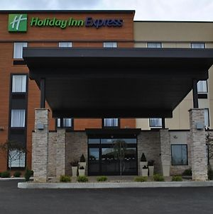 Holiday Inn Express Salem, An Ihg Hotel photos Exterior