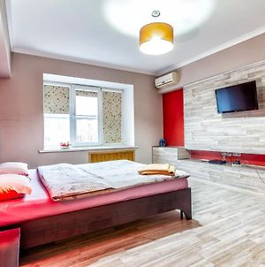 Uutnaya Apartments In Centre. Cozy Apartment In The City Center. 420 photos Exterior