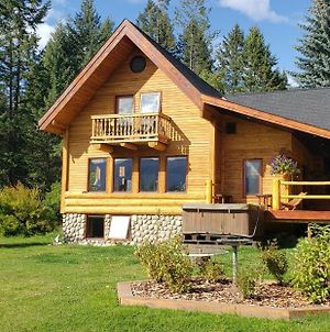Kicking Horse Canyon Guest House photos Exterior