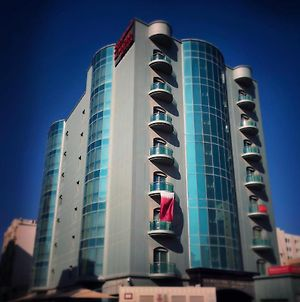 Al Madina Suites Doha photos Exterior